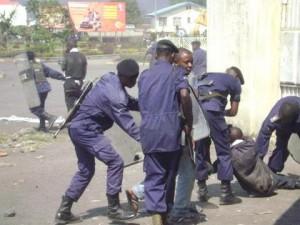 Les jeunes membres de la lucha arrêtés lors d'une de leurs manifestations en 2012 à Goma