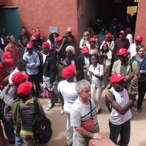 Des mondoblogueurs en visite sur l'il de Gorée, au Sengal, Dimanche 07 Avril 2013. (Cc Alimou Sow)